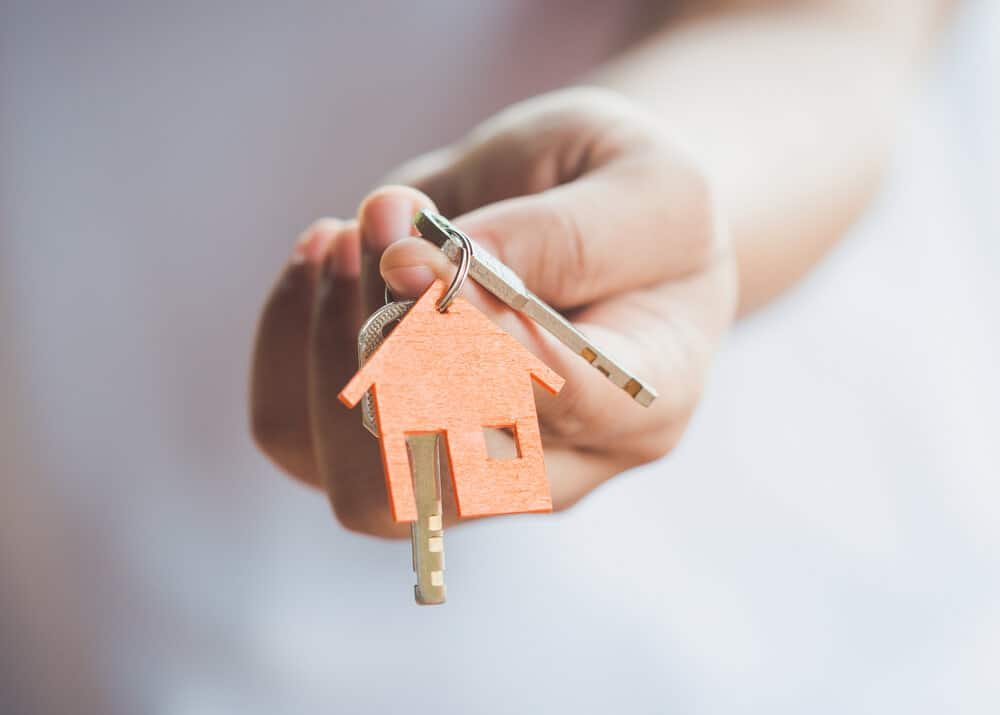 5 Tips To Help You Buy A Home